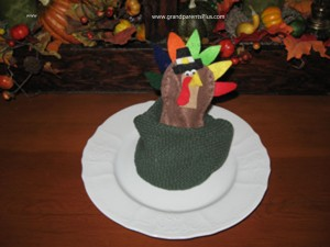 turkey 002 resize copy 300x225 Turkey Tootsie Pop Holder   Video Tutorial