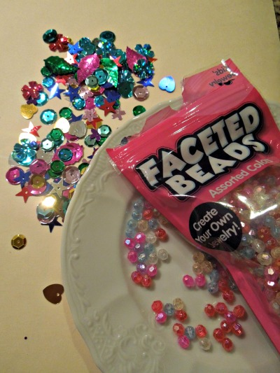 Supplies of Bead and Sequins. Vary the sizes and colors! #heart #craft #beads #valentine