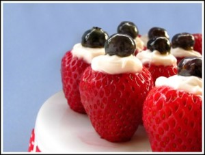 4th-of-july Creme-Filled-Strawberries