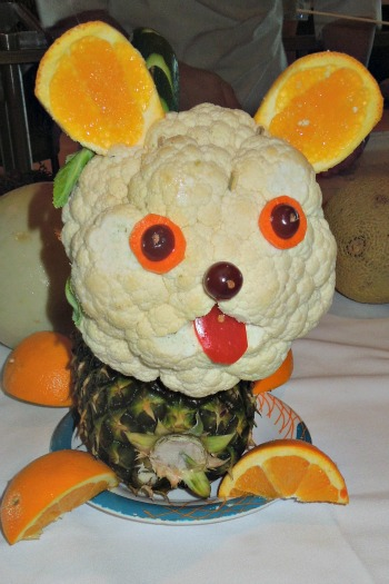 Fruit & Vegetable Dog Creation    #fruit  #vegetable  #fruit centerpiece