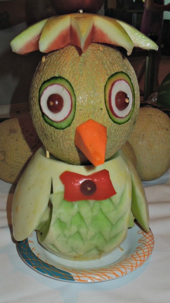 Fruit & Vegetable Animal Creation   #fruit #vegetable #centerpiece   grandparentsplus.com