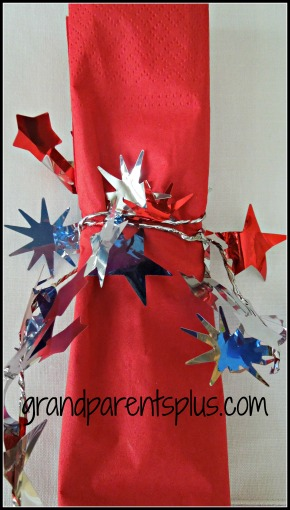 4th of July Napkin Rings www.grandparentsplus.com