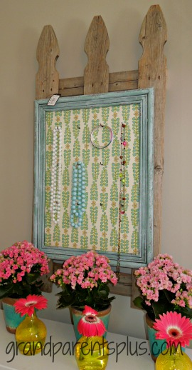 Jewelry Board  #jewelry #gardenbedroom
