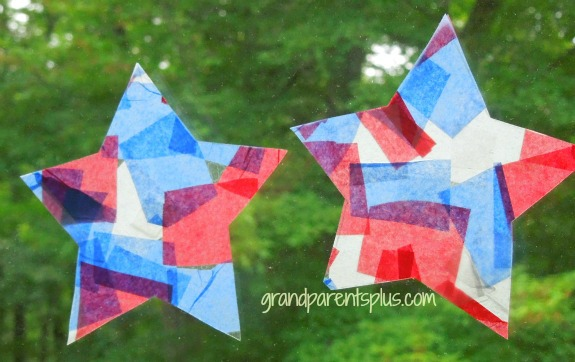 4th of July Toddler Crafts   www.grandparentsplus.com