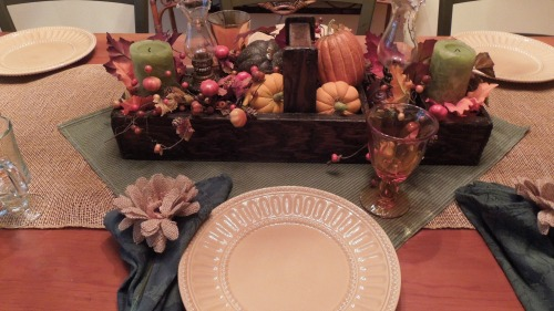 Thanksgiving table 001pm Fall Centerpiece