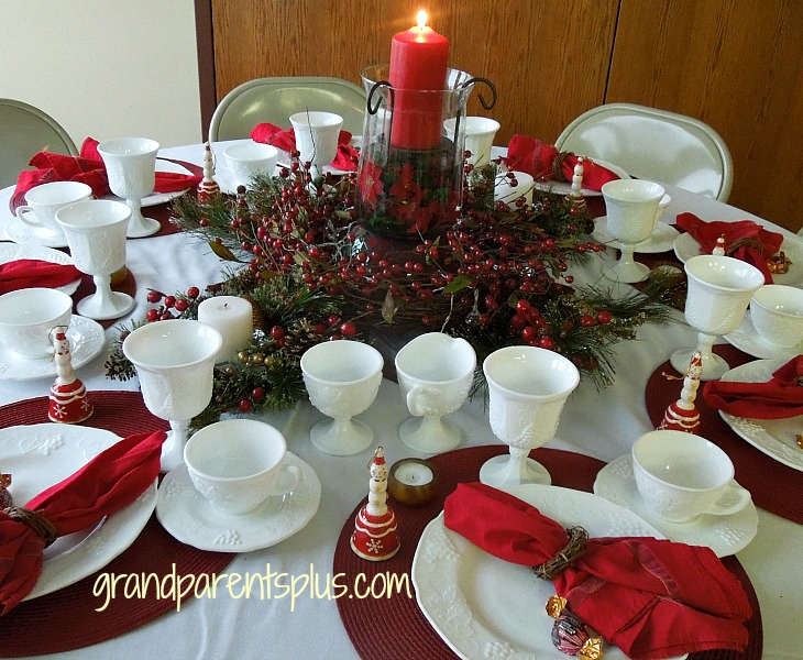 Awesome Christmas Place Settings part 2   grandparentsplus.com