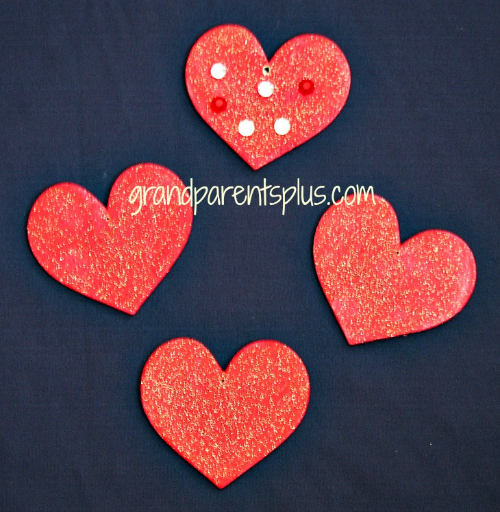 Toddler Valentine Crafts  grandparentsplus.com