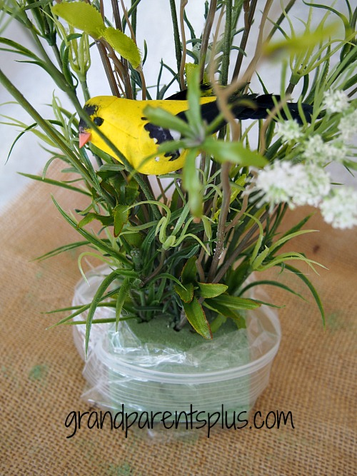 Spring Idea House 016p DIY Spring Centerpiece
