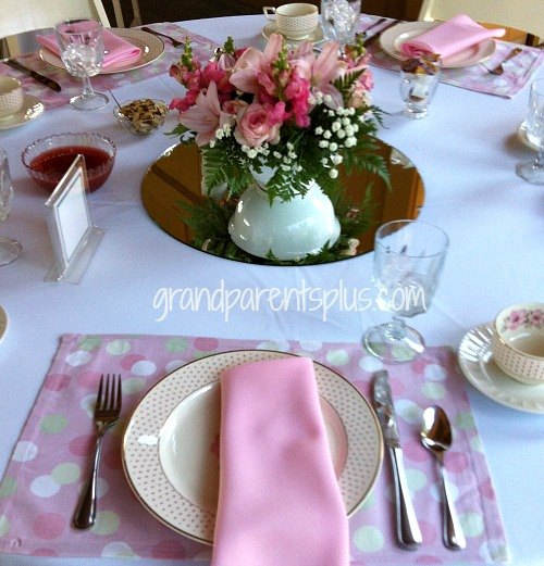 15 Garden Tablesettings   grandparentsplus.com
