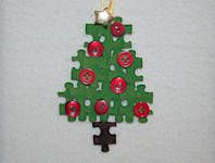 Christmas Tree Puzzle Piece Crafts for All Seasons!