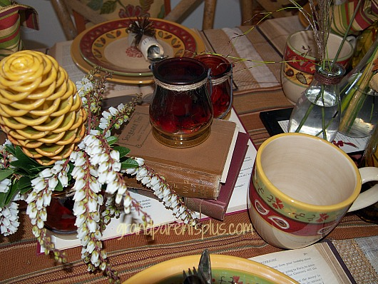 Fall Idea House tablescape   grandparentsplus.com