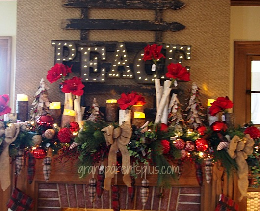 Christmas Idea House mantel Christmas Idea House 2014 Part 2