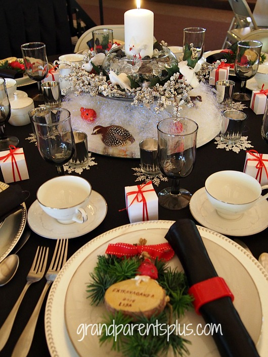 Christmas TAblescape white woodland Christmas Tablescapes   Part 2