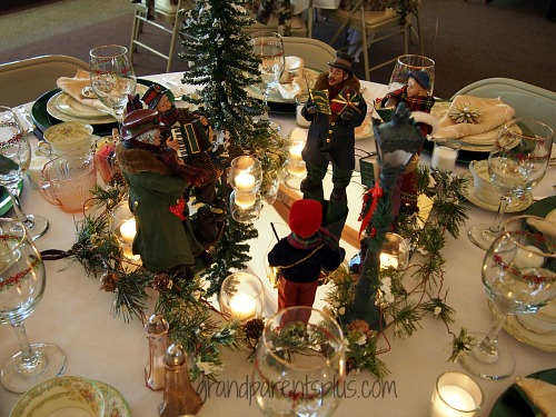 Christmas Tablescapes Part 1  grandparentspluscom
