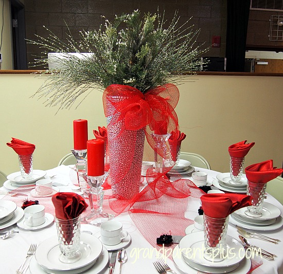 Christmas Tablescapes 2015 Part 1 grandparentsplus.com