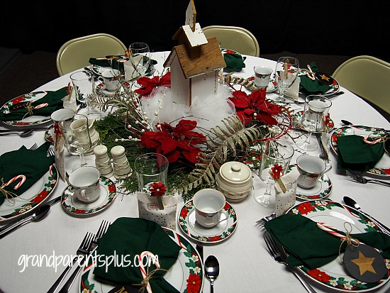 Christmas Tablescapes 2015 part 3 grandparentsplus.com