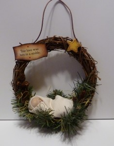 DIY Best Nativity Crafts grandparentsplus.com